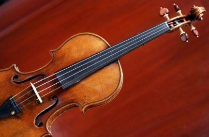 stradivari-violino