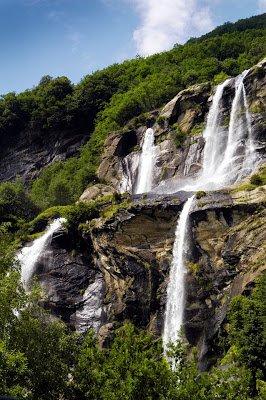 Speciale turismo: le Cascate in Lombardia per un bagno non lontano da Milano