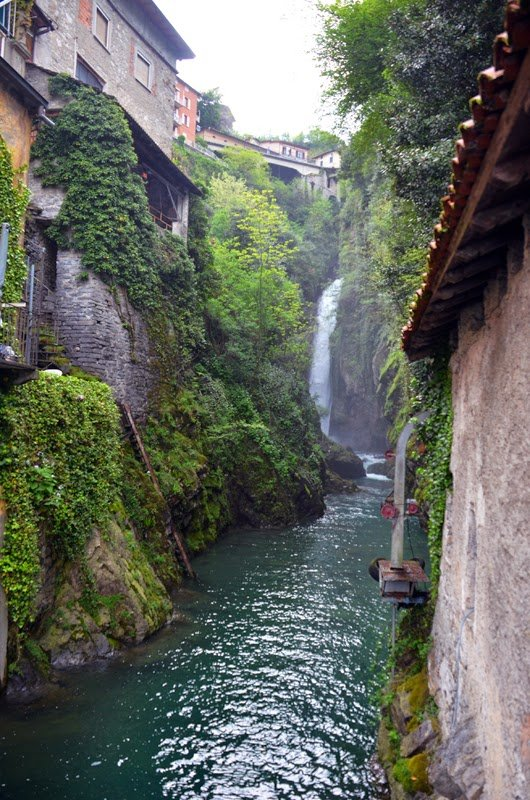 Speciale turismo: le Cascate in Lombardia