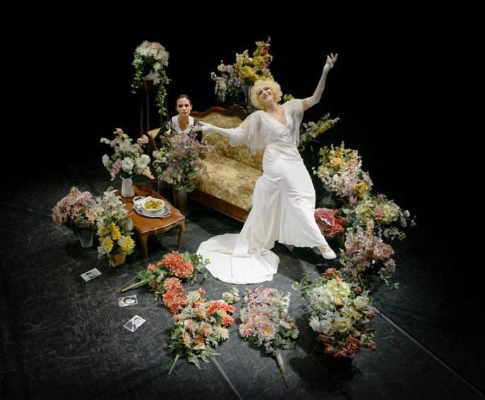 Dal 5 al 9 novembre al Teatro Sala Fontana di Milano va in scena La Diva