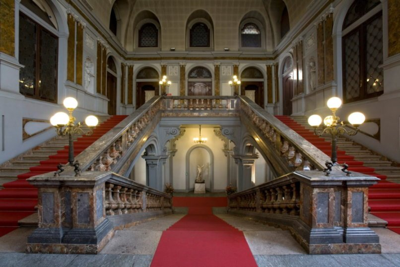 Palazzo Arese Litta Milano