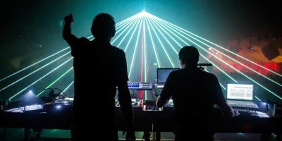 10 marzo: Laser show con Fatboy Slim in piazza Gae Aulenti a Milano