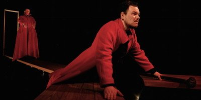 Spettacoli di teatro in sconto per i lettori di Eventiatmilano: Edipo re al Teatro Sala Fontana di Milano dal 14 al 17 aprile