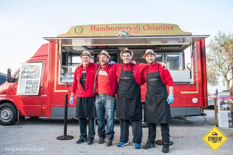 L'hamburger di Chianina, reputata tra le migliori carni al mondo