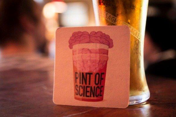 Dal 23 al 25 maggio Pint of Science: la ricerca scientifica entra in birreria