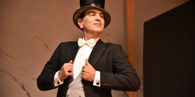 Milano: dal 28 al 31 dicembre al Teatro Fontana va in scena Yves Montand. Un italien à Paris. Richiedi i biglietti in sconto