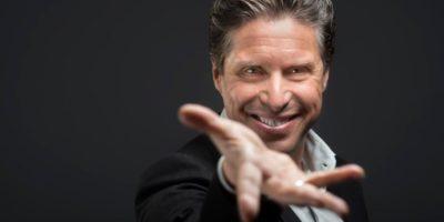 Fino a domenica 7 gennaio: Festival della Magia con Raul Cremona al Teatro Manzoni di Milano