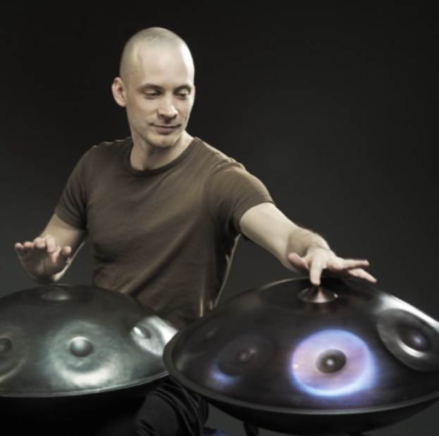 Concerti a Milano: David Kuckhermann e il suo handpan live al Teatro degli Arcimboldi