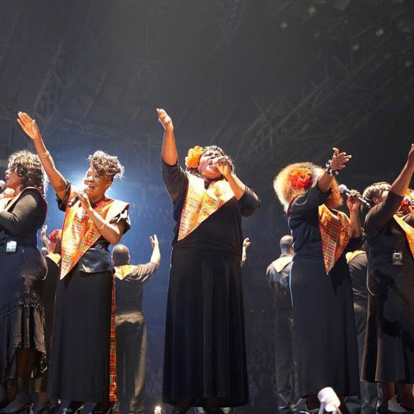 Dicembre: al Blue Note di Milano un mese dedicato al Natale con i Take 6, Karima, Sarah Jane Morris, Rossana Casale, l'Harlem Gospel Choir e molti altri