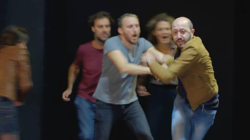 Teatro Fontana di Milano: dal 12 al 24 marzo Sei personaggi in cerca d'autore di Luigi Pirandello. Richiedi i biglietti in sconto