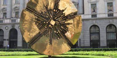 Pomodoroincittà: sabato 20 giugno a Milano un tour per scoprire le opere che Arnaldo Pomodoro ha realizzato per la città