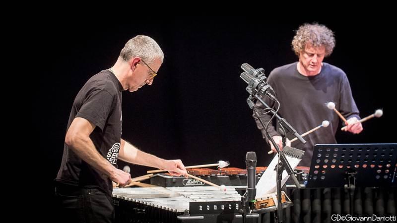 Il vibrafono di Andrea Dulbecco, la marimba di Luca Gusella: l'Aisha duo in concerto sabato 8 agosto a Paderno Dugnano