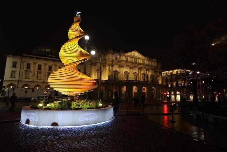 7 dicembre: accensione Albero di Natale in Piazza della Scala a Milano