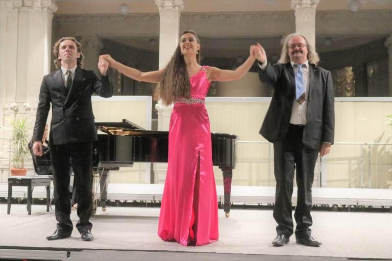 Domenica 27 dicembre: Concerto Natalizio con le voci liriche