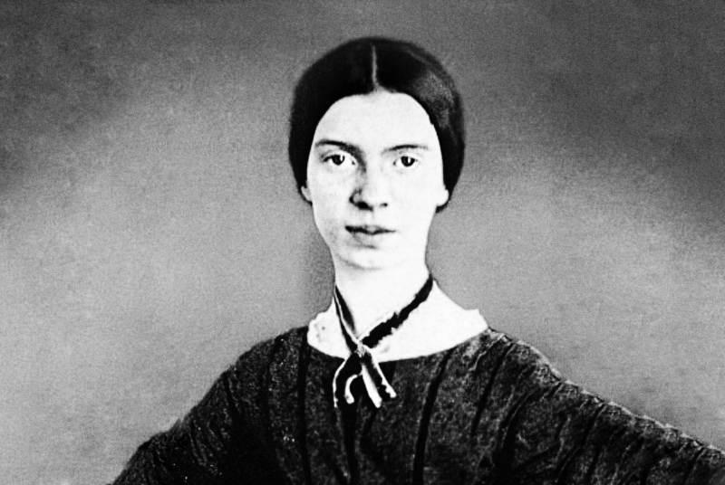 Nel secondo appuntamento di BookCity Milano in occasione della Giornata Mondiale della Poesia Poetry and the City rende omaggio a Emily Dickinson, alle sue poesie della vita e della morte
