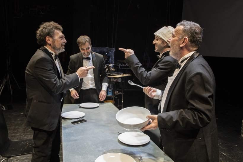 La grande abbuffata al Teatro Fontana di Milano